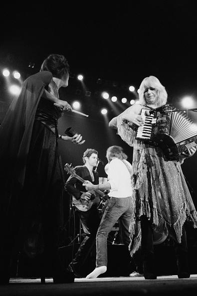Accordion - Instrument「Fleetwood Mac At Wembley」:写真・画像(8)[壁紙.com]