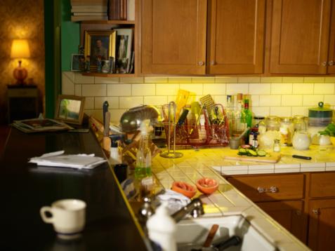 Drudgery「Authentic messy kitchen」:スマホ壁紙(18)