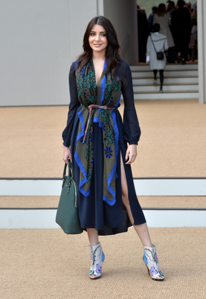 アヌーシュカ シャルマ「Burberry Prorsum: Arrivals - London Fashion Week SS15」:写真・画像(4)[壁紙.com]