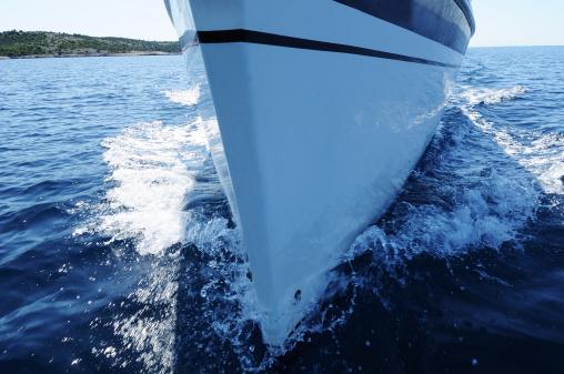 Cruise - Vacation「Sailboat front view」:スマホ壁紙(19)