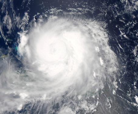 Hurricane Ike「September 6, 2008 - Hurricane Ike approaching Cuba at 17:40 UTC.」:スマホ壁紙(12)