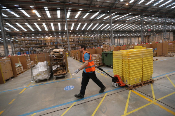 Occupation「Online Retailers Amazon Prepare For Cyber Monday」:写真・画像(15)[壁紙.com]