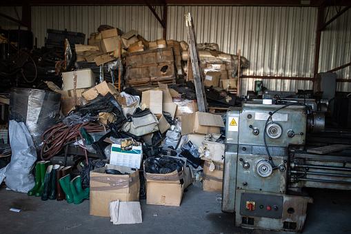 Blacksmith Shop「Pile of garbage in industry」:スマホ壁紙(12)