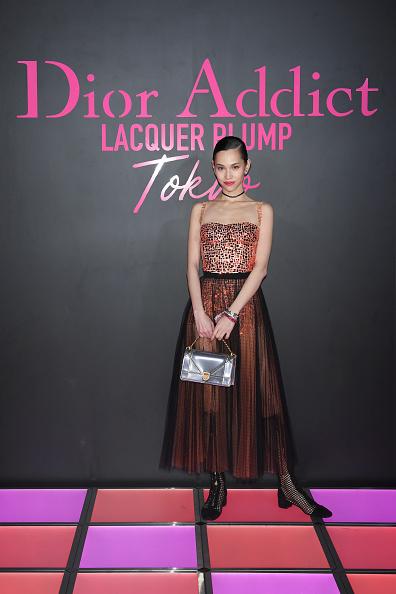 Kiko Mizuhara「Dior Addict Lacquer Plump Party」:写真・画像(11)[壁紙.com]
