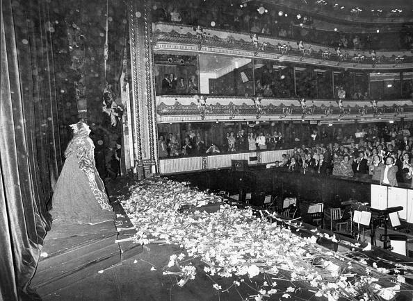 ������ ������「Dame Joan Sutherland」:写真・画像(1)[壁紙.com]