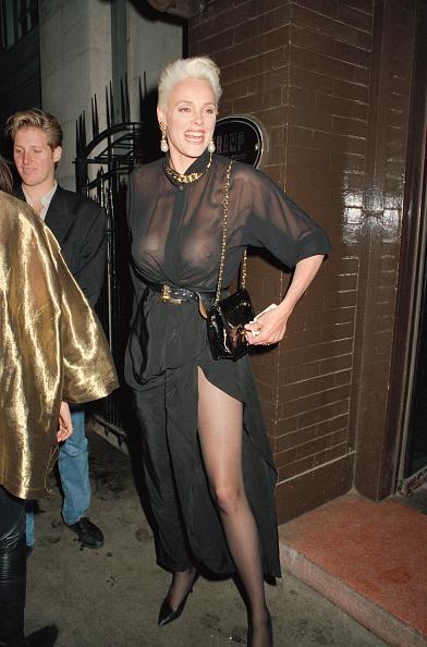 ドレス「Brigitte Nielsen」:写真・画像(4)[壁紙.com]