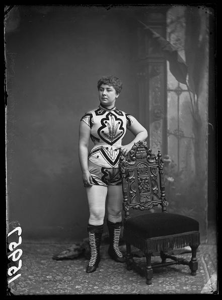 Lace-up「Victorian Performer」:写真・画像(5)[壁紙.com]