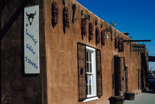 Gift Shop「Adobe souvenir shop, Santa Fe, New Mexico」:スマホ壁紙(15)
