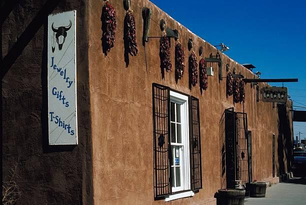 Adobe souvenir shop, Santa Fe, New Mexico:スマホ壁紙(壁紙.com)