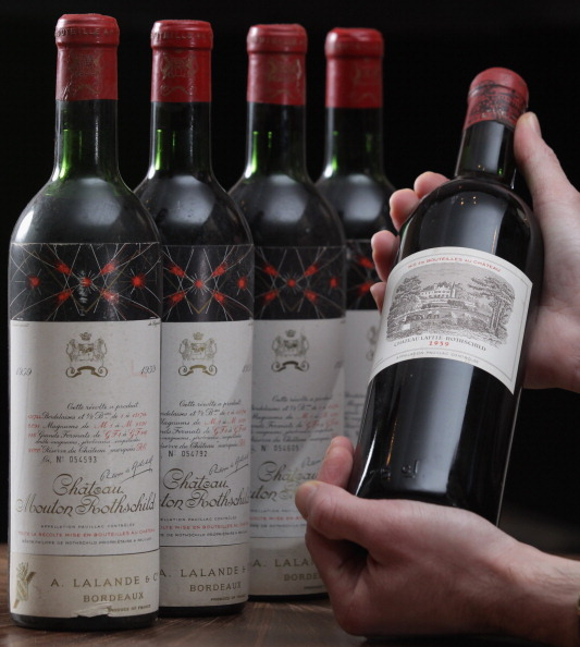 Handle「A Collection Of Some Of The Most Iconic Wines Ever Made Set To Be Auctioned At Sothebys」:写真・画像(14)[壁紙.com]