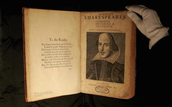 William Shakespeare「Shakespeare's First Folio Edition To Be Sold」:写真・画像(5)[壁紙.com]