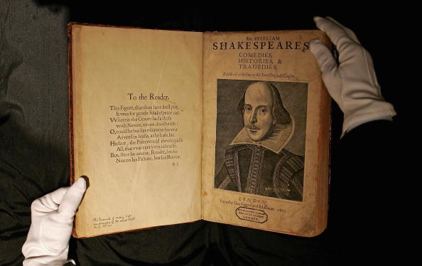 William Shakespeare「Shakespeare's First Folio Edition To Be Sold」:写真・画像(10)[壁紙.com]