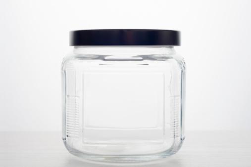 透明「Empty glass jar」:スマホ壁紙(16)