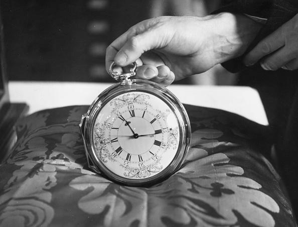 Clock「Kendall's Watch」:写真・画像(5)[壁紙.com]