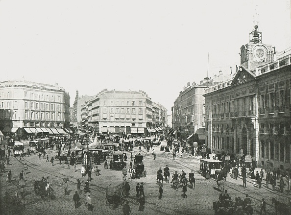 Square - Composition「The Puerta Del Sol」:写真・画像(16)[壁紙.com]