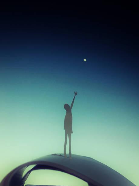 Reach for the stars:スマホ壁紙(壁紙.com)