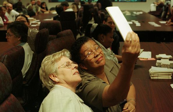 Fort Lauderdale「Vote Recount in Florida's Broward County」:写真・画像(7)[壁紙.com]