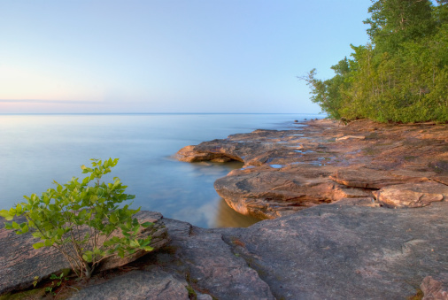 Great Lakes「Colourful Rocky Beach At Sunset」:スマホ壁紙(19)