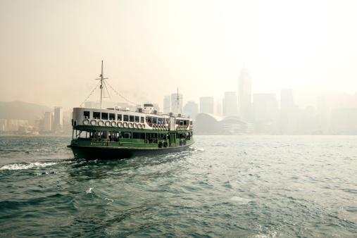 2014「Star Ferry in the mist Hong Kong Harbour」:スマホ壁紙(17)