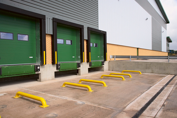Bay of Water「Distribution centre with loading bays」:写真・画像(11)[壁紙.com]