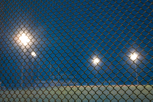 Dark「baseball field behind fence」:スマホ壁紙(14)