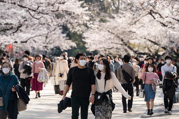 Tokyo - Japan「Japan Battles Against The Coronavirus Outbreak」:写真・画像(5)[壁紙.com]