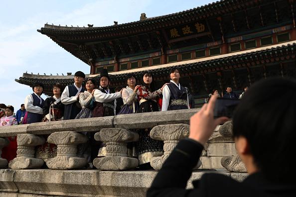 Gyeongbokgung「Lunar New Year Celebrations In South Korea」:写真・画像(16)[壁紙.com]