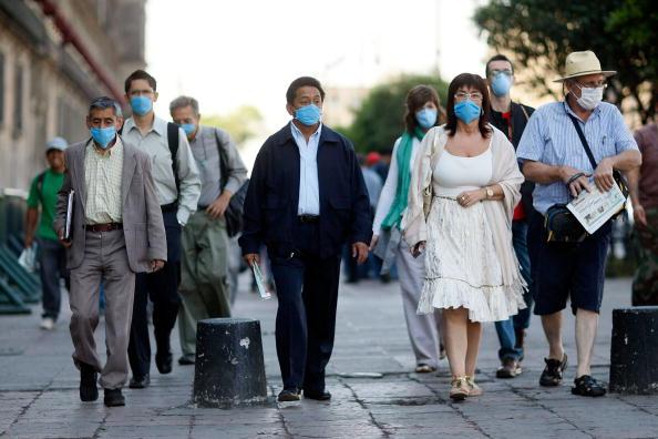 Illness「Swine Flu Fears Spread Throughout Mexico」:写真・画像(15)[壁紙.com]