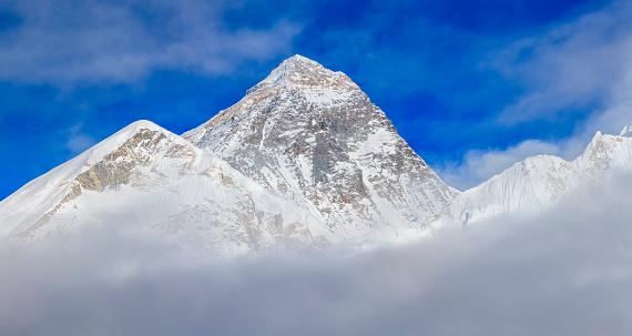 Khumbu「Top of the world - Mount Everest panoramic view」:スマホ壁紙(1)