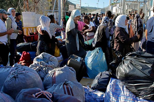Lesbos「Refugees Moved From Moria Camp To Athens But Overcrowding Is Rife」:写真・画像(1)[壁紙.com]
