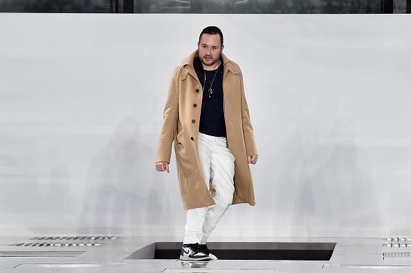 Design Professional「Louis Vuitton : Runway - Paris Fashion Week - Menswear F/W 2016-2017」:写真・画像(3)[壁紙.com]