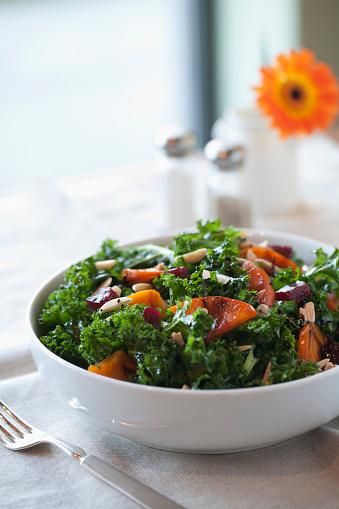 Persimmon「Healthy salad in bowl」:スマホ壁紙(7)