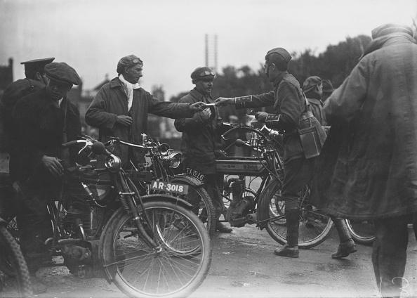 Politics and Government「Maidenhead Motorcyclists」:写真・画像(12)[壁紙.com]