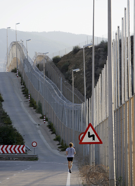 October「Promise Of Better Life Lures Migrants To Spains African Enclaves」:写真・画像(17)[壁紙.com]