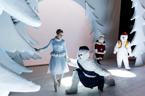 雪だるま「'The Snowman' - Behind the Scenes At The Peacock Theatre」:写真・画像(4)[壁紙.com]