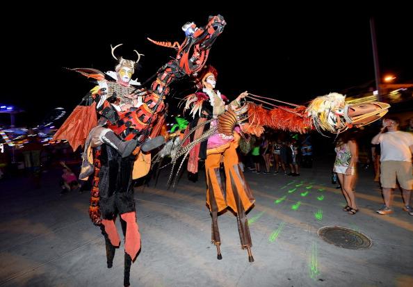EDC「17th Annual Electric Daisy Carnival - Day 1」:写真・画像(4)[壁紙.com]