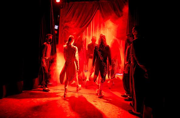 Kiran Ridley「Mustn't The Show Go On? Paris's Historic Cirque d'Hiver Adapts Amid Covid-19 Surge」:写真・画像(4)[壁紙.com]