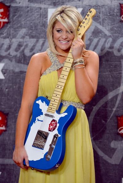 Halter Top「2012 American Country Awards - Press Room」:写真・画像(11)[壁紙.com]