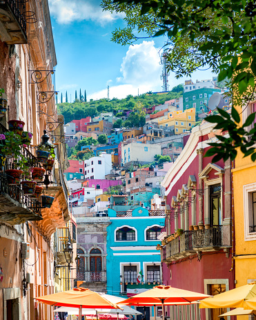 Mexican Culture「Guanajuato colorful Streets Mexico」:スマホ壁紙(14)