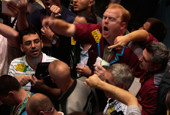Trader「Markets Fluctuate Amid Fears On The Stability Of U.S. Banks」:写真・画像(2)[壁紙.com]