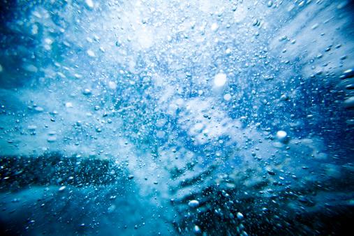Water Surface「Wave crashing underwater」:スマホ壁紙(15)