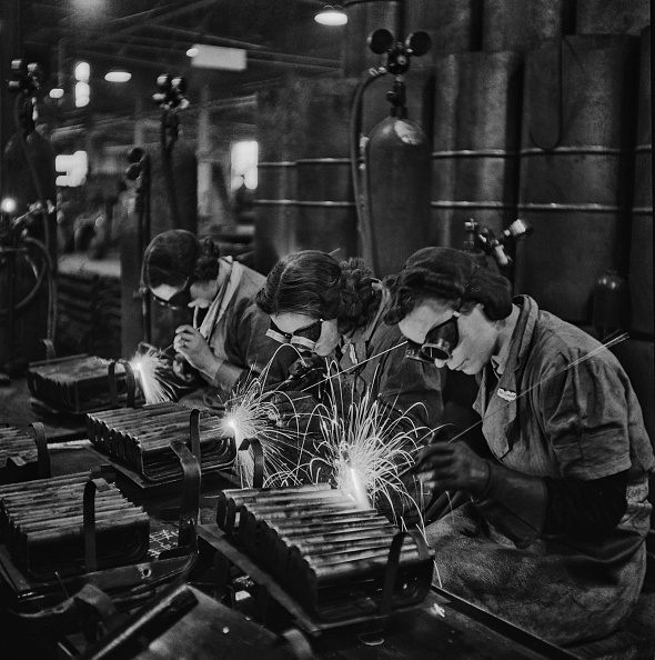 Only Women「Stirrup Pump Factory」:写真・画像(13)[壁紙.com]