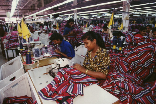 Only Women「Textile Factory」:写真・画像(0)[壁紙.com]