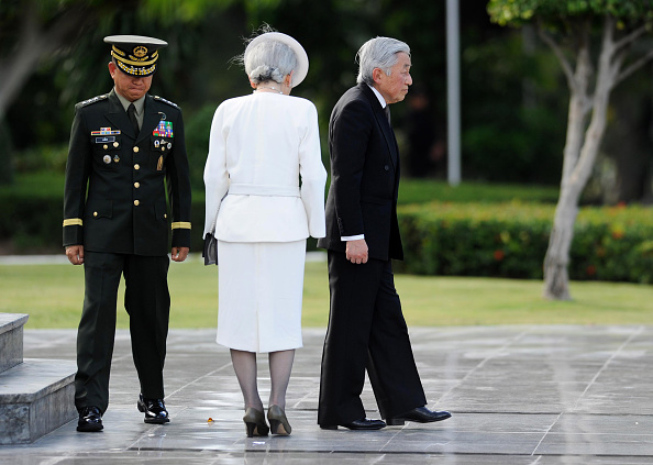 Emperor Akihito「Japan's Emperor And Empress State Visit To Philippines」:写真・画像(17)[壁紙.com]