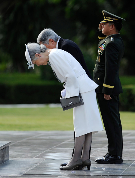 Emperor Akihito「Japan's Emperor And Empress State Visit To Philippines」:写真・画像(15)[壁紙.com]