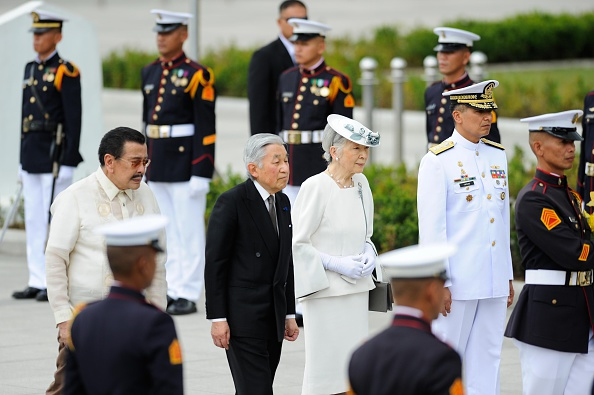 Emperor Akihito「Japan's Emperor And Empress State Visit To Philippines」:写真・画像(6)[壁紙.com]