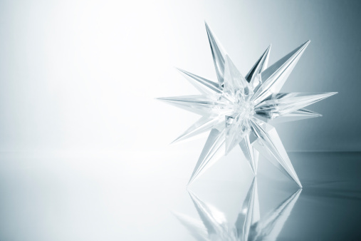 Monochrome「Crystal star. Ice Glass Snowflake Light Snow Art Christmas」:スマホ壁紙(6)