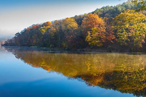 Pennsylvania「Reflections of Fall」:スマホ壁紙(4)