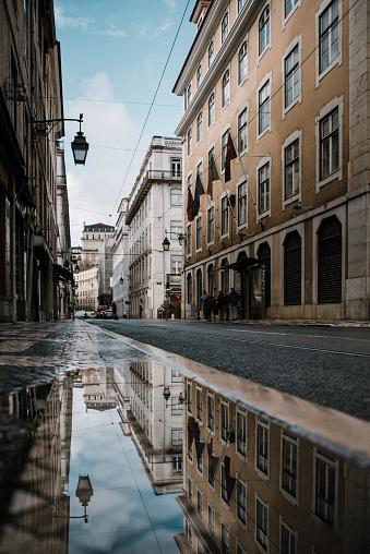 Puddle「Reflections of Lisbon」:スマホ壁紙(5)
