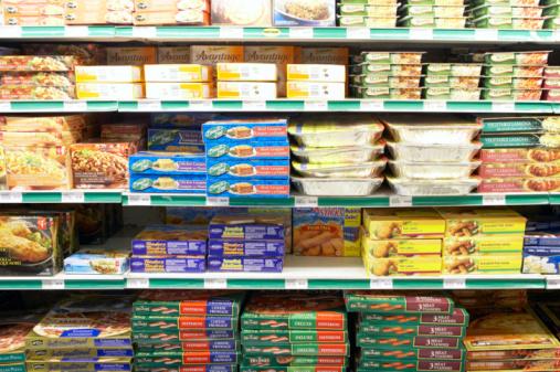 Supermarket「Frozen foods section of grocery store」:スマホ壁紙(4)